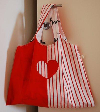 Shopper con cuore applicato