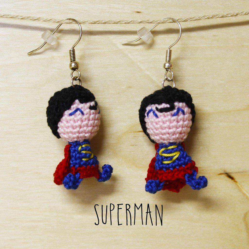 Orecchini uncinetto amigurumi Superman