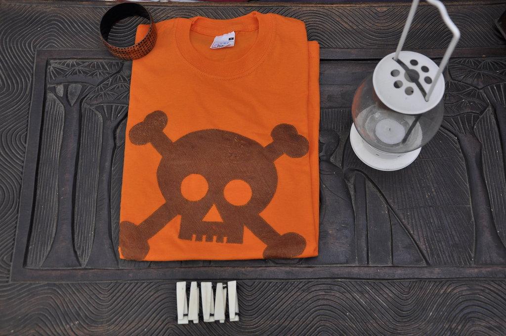 T-shirt 100% Organic SKULL - Arancione unisex (Taglia S)
