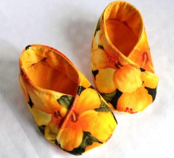 scarpine bebè fantasia a fiori arancione