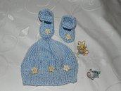 Scarpette + cappellino bebè realizzati ad uncinetto in cotone o lana celeste
