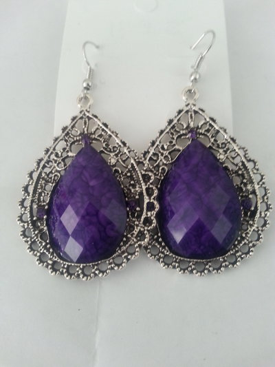 orecchini con pietra viola