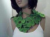 Sciarpa collana scaldacollo fiori fatta a mano a uncinetto