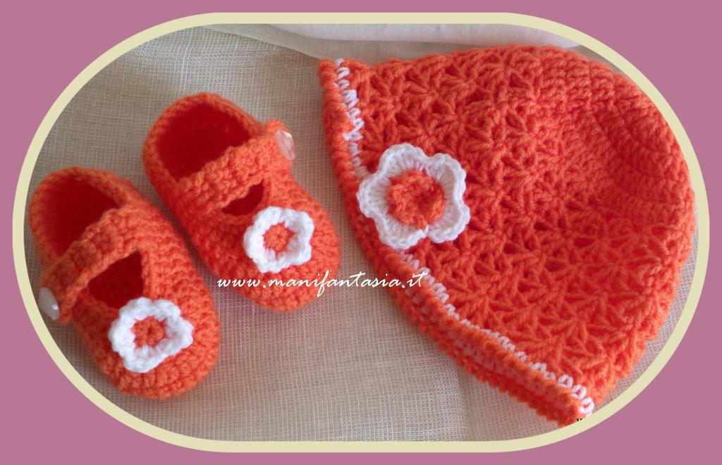 cappellino e scarpine uncinetto neonato bimba