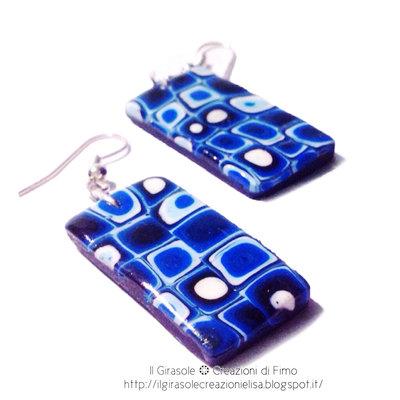 Orecchini pendenti effetto Murrina in pasta polimerica blu