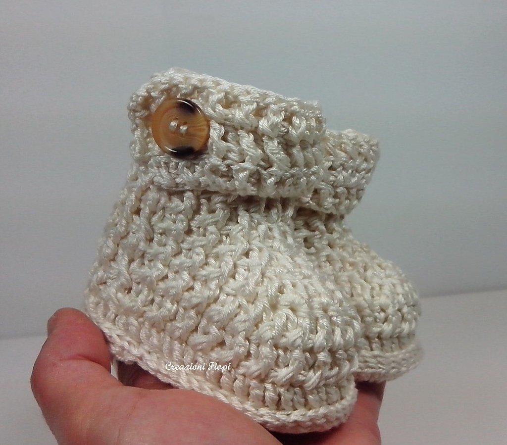 Eccezionale Stivaletti a uncinetto neonato a costine - Bambini - Abbigliamento  JZ74