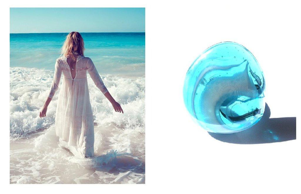"""Anello regolabile """"Sea"""" con vetro blu azzurro e bianco"""