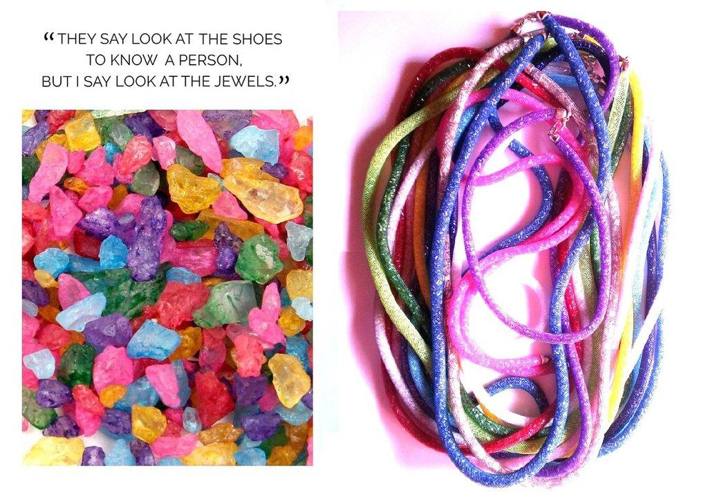 """Collane """"Colorful crystals"""" rete tubolare con cristalli 13 colori"""