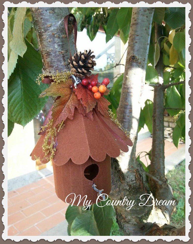 Birdhouse in pannolenci autunnale