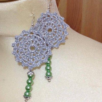 Orecchini pendenti argento e verde