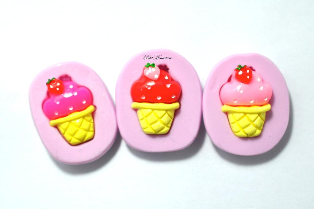 Stampo Silicone Flessibile cono gelato,Miniature cibo,gioielli,charms,gelato,fimo,polymer clay,resina,sapone,dolce,20mm ST120