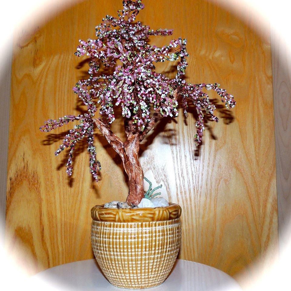 Bonsai di ciliegio con perline di vetro