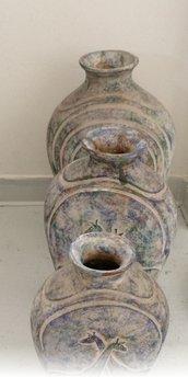 tre vasi in terracotta