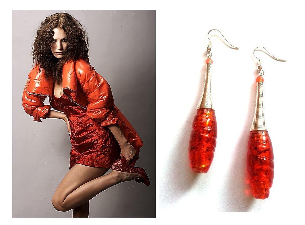 """Orecchini """"Orange wire"""" con vetro murano rosso arancione e metallo"""