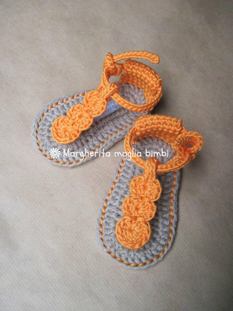 Scarpine sandali bambina infradito arancione in puro cotone fatti a mano - uncinetto