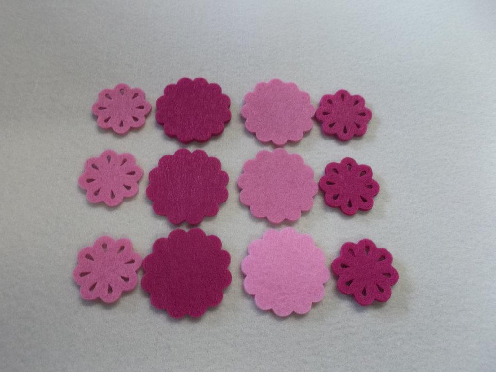 Fiori in feltro rosa e fuxia