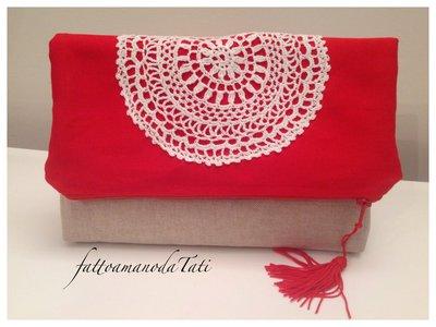 Pochette bicolore in cotone rosso ed ecrù con centrìno