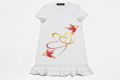 T-shirt intreccio di cuori