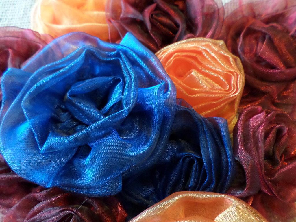 GRANDE Rosa blu fermaglio capelli - spilla in organza