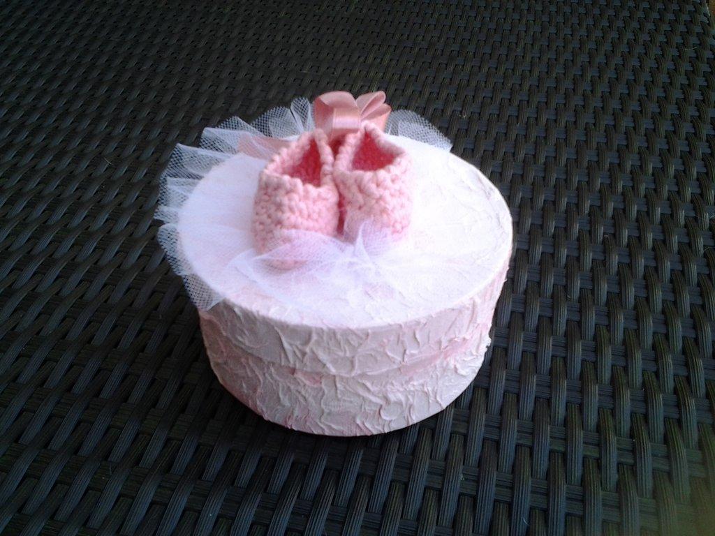 Scatola portaoggetti scarpette rosa