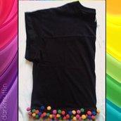Maglia corta nera croptop crop top 100% cotone pon pon ponpon colorati handmade