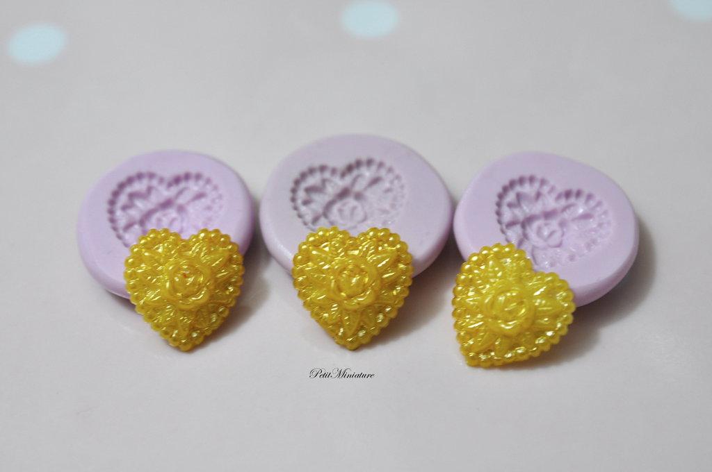 Stampo Silicone Flessibile cuore macaron,Miniature cibo,gioielli,charms,macaron,fimo,polymer clay,resina,sapone,dolce,20mm,Parigi ST147
