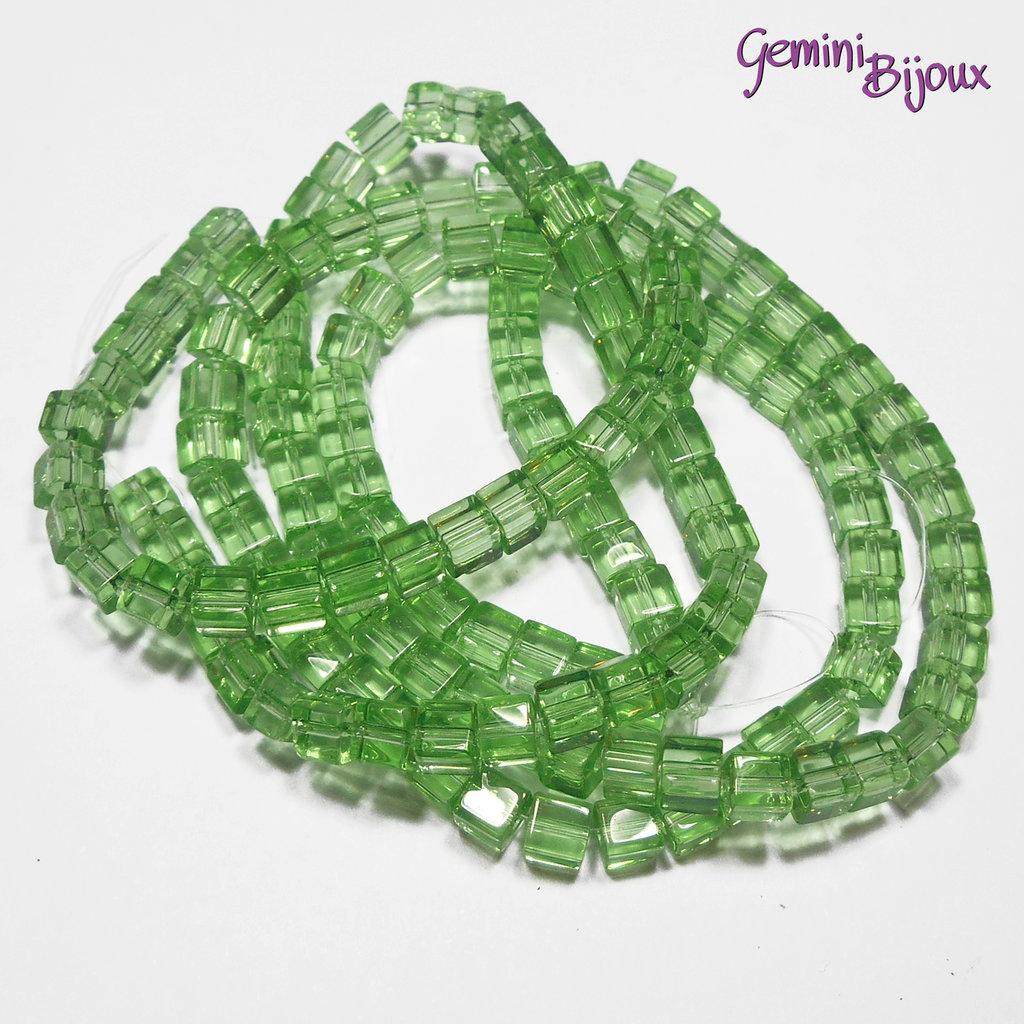 Lotto 20 cubetti in vetro 4mm verde