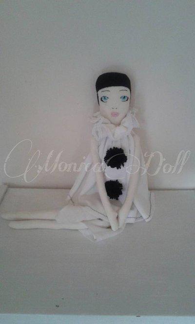 Pierrot bambola di stoffa