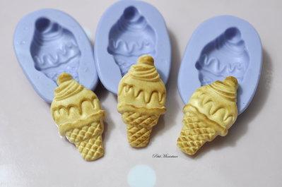 Stampo 3D ST164 in Silicone stampo flessibile gelato cono,panna montata, miniatura Kawaii Fimo gioielli Cabochon Charms ciondolo orecchini
