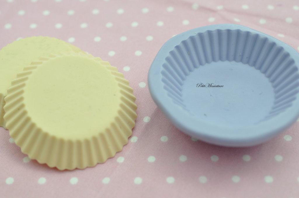 STAMPO base cupcake 1,3cm ST170 in silicone flessibile 3d macaron miniature dollhouse charm kawaii fimo gioielli sapone resina gesso