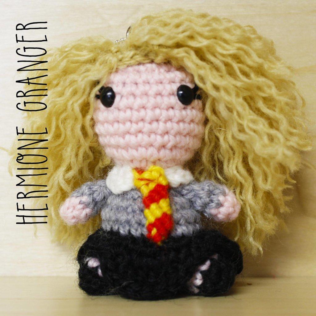 Pupazzetto amigurumi portachiavi Hermione Granger
