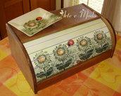 """Portapane in legno """"Fiori """""""