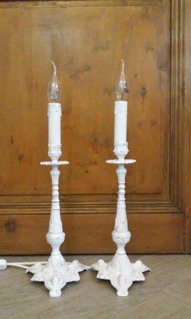 Coppia di antiche lampade da tavolo candelabri abat-jour shabby chi...  su M...