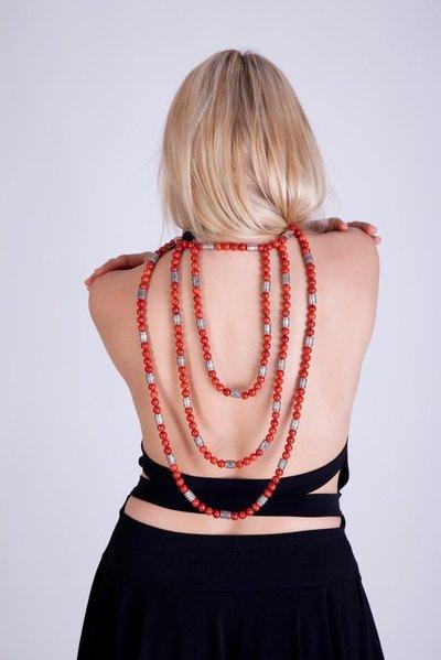 Collana da schiena in madrepora e argento fatta a mano - back madrepora necklace and silver handmade.