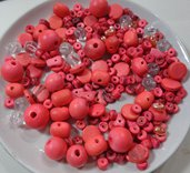 35 grammi Assortimenti Perline in noce di Cocco e Legno color Corallo Rosa e Acrilico
