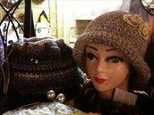 Cappellino a cloche da donna
