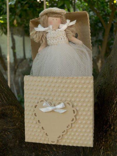 Bambolina in scatola cm10
