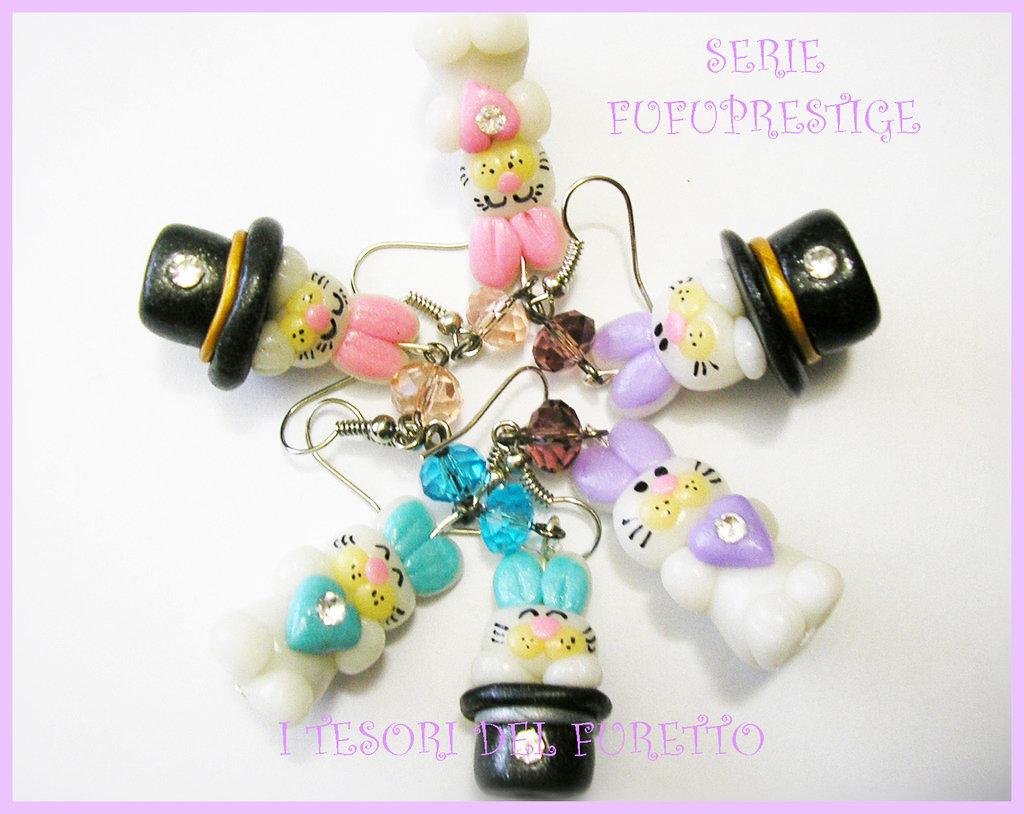 """Set 3 paia Orecchini """"Fufuprestige"""" Coniglietto che esce dal cappello clip"""