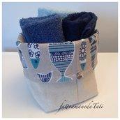 Cestino in cotone fantasia pesci con tre lavette sui toni del blu/azzurro