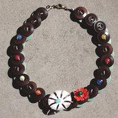 C.18.15 - girocollo con fiori vintage e perle colorate - Linea Flower Power
