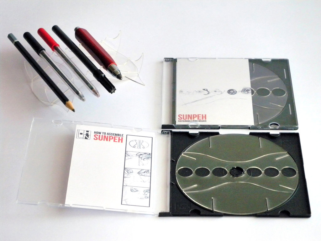 Sunpeh, portapenne portamatite geek ecosostenibile in PETG smontabile e trasportabile in una custodia per CD
