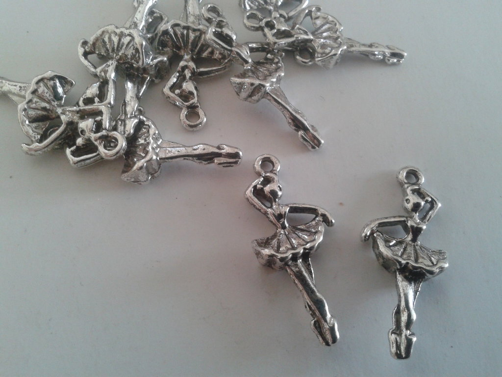 Charms ballerina color argento mm 31x13,5