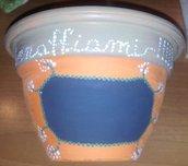 Vasetti di coccio dipinti con effetto lavagna - scrivibile