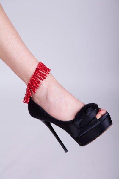 Cavigliera in corallo rosso a frange fatto a mano - Anklet red coral fringed handmade.