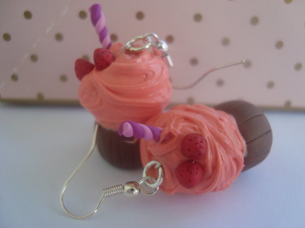 orecchini cupcakes fragola