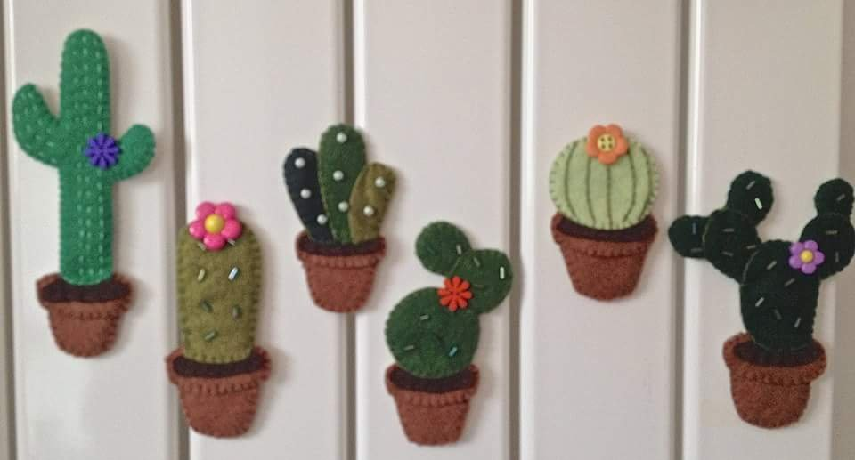 magneti per frigorifero a forma di cactus