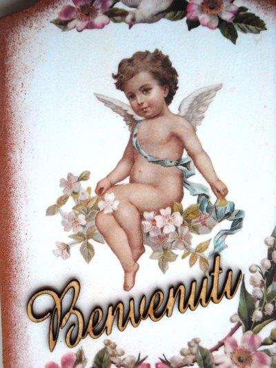 """Tagliere di legno """"angelo custode"""" decorato a mano."""