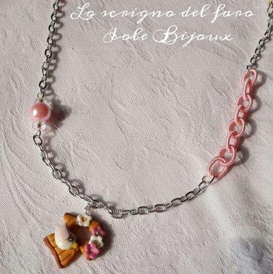 Collana catena argentata con ciondolo fimo casetta uccellino con fiori rosa