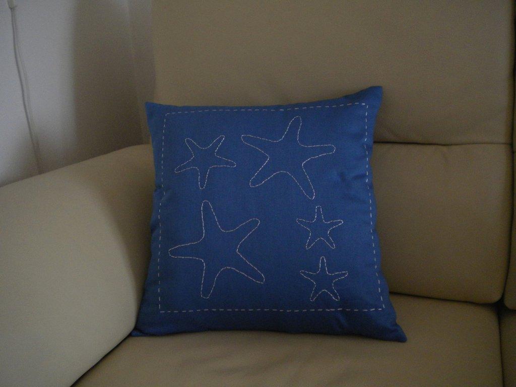 cuscino con stelle marine