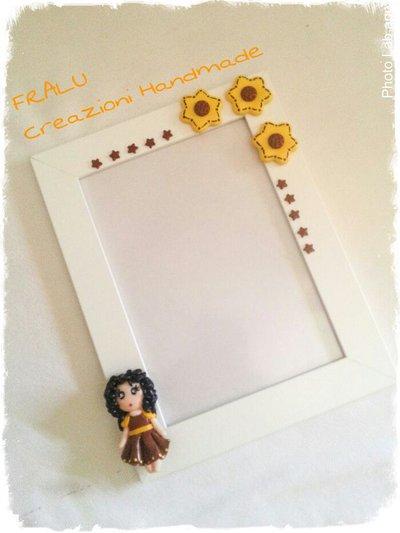 Cornice portafoto con decorazione in fimo